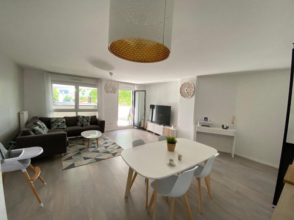 Appartement à vendre 3 75m2 à Romainville vignette-4