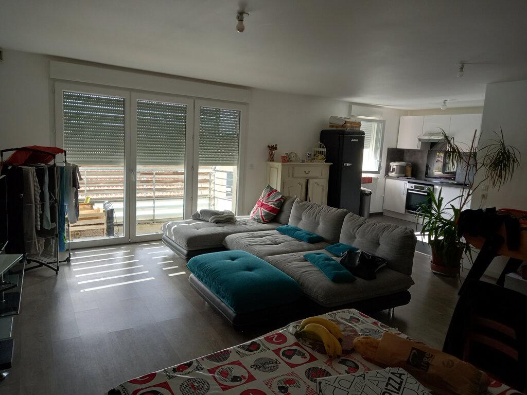 Appartement à louer 3 97.17m2 à Gujan-Mestras vignette-2