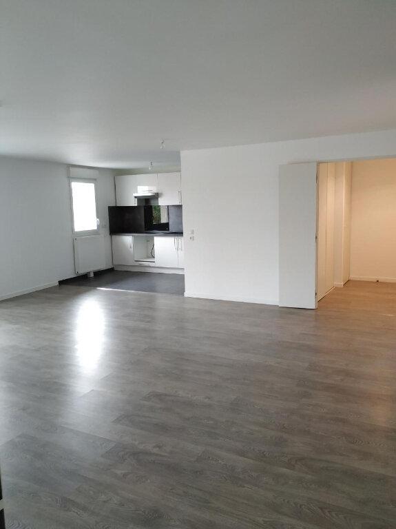 Appartement à louer 3 97.17m2 à Gujan-Mestras vignette-4