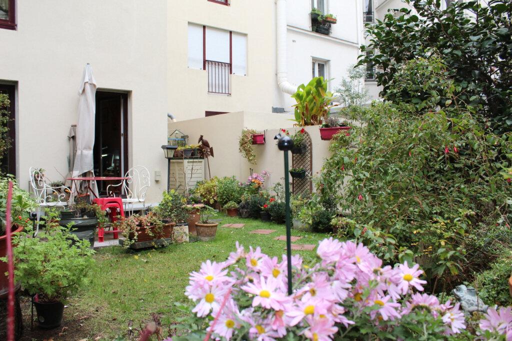 Appartement à vendre 1 29.85m2 à Paris 18 vignette-6