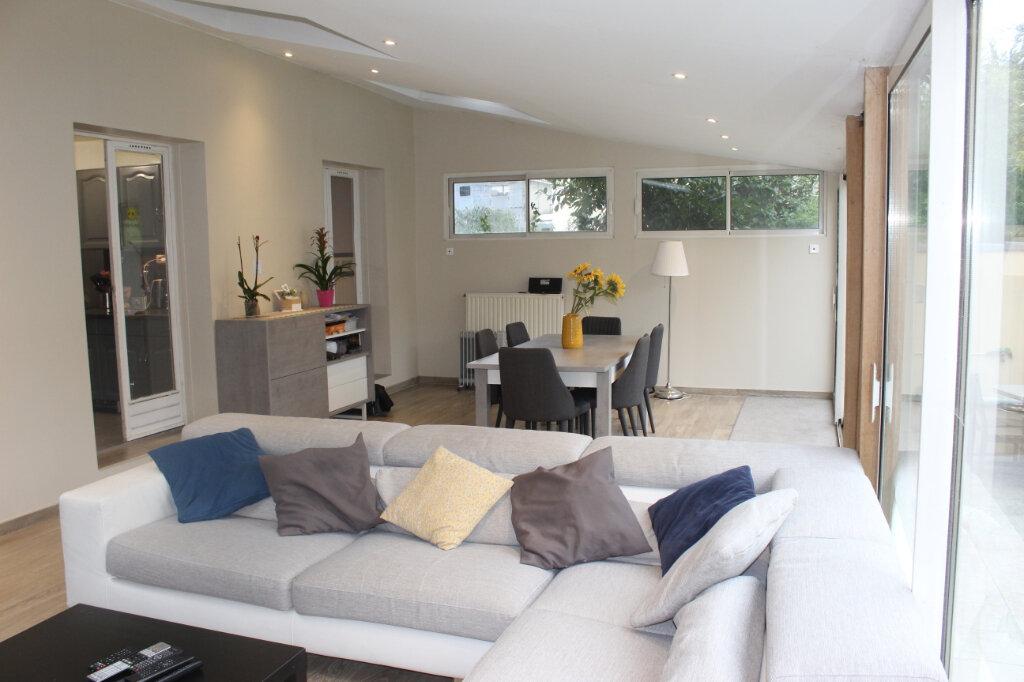 Maison à vendre 7 180m2 à Aubervilliers vignette-7
