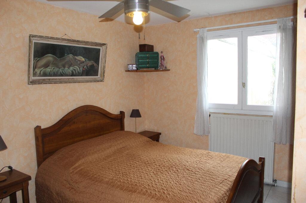 Maison à vendre 7 180m2 à Aubervilliers vignette-11