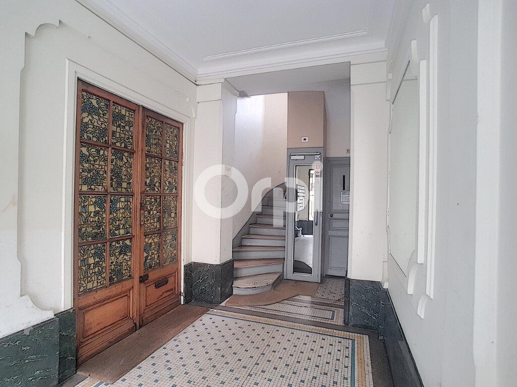 Appartement à louer 1 24.83m2 à Paris 14 vignette-6