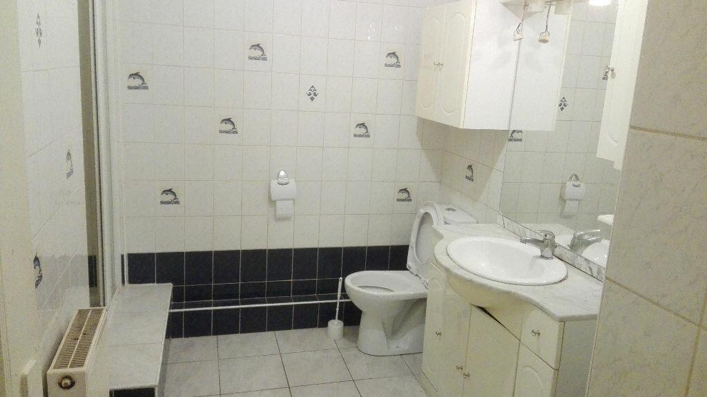 Appartement à louer 1 30m2 à Sevran vignette-3