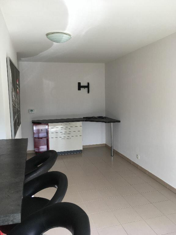 Appartement à louer 1 30.9m2 à Villepinte vignette-3