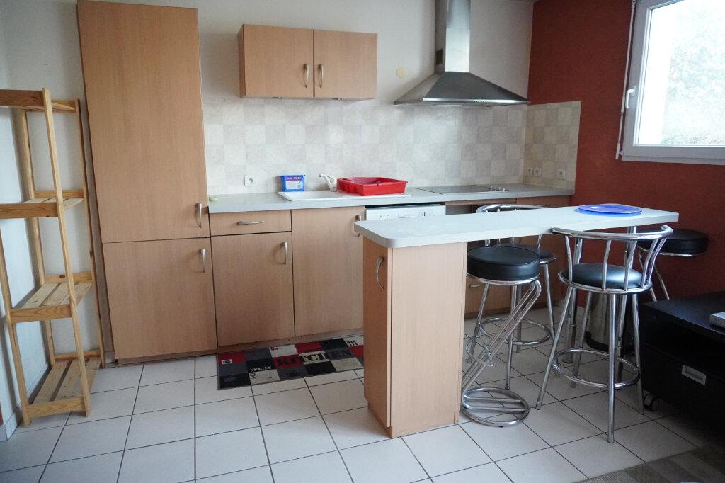 Appartement à louer 2 42.5m2 à Villeparisis vignette-2