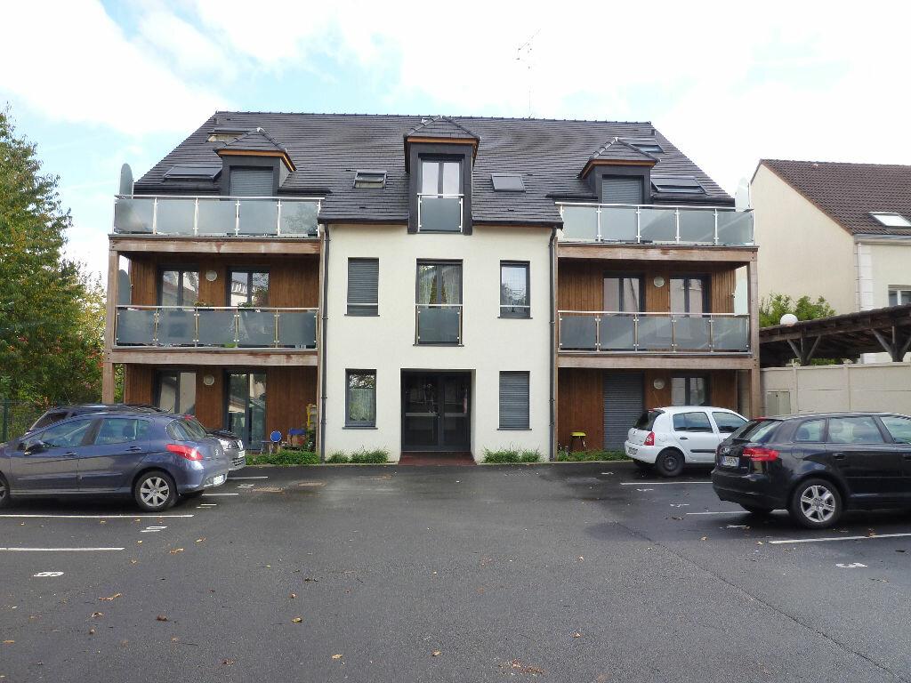 Appartement à louer 2 47.9m2 à Villenoy vignette-1