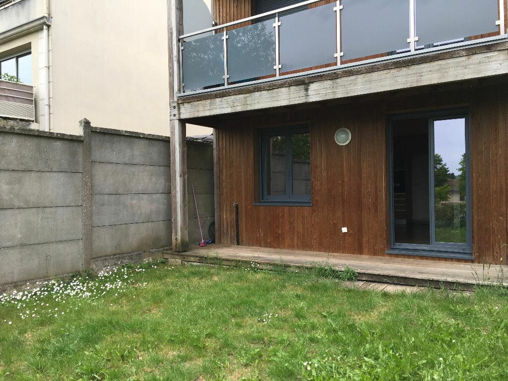 Appartement à louer 2 47.9m2 à Villenoy vignette-7