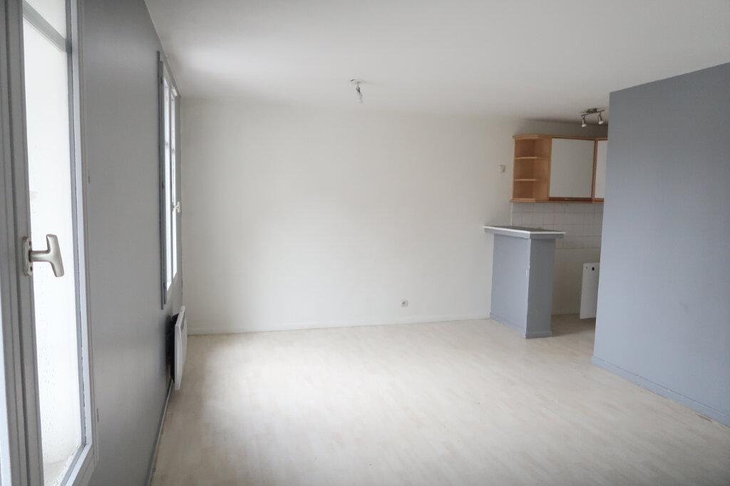 Appartement à louer 1 30.93m2 à Villeparisis vignette-2