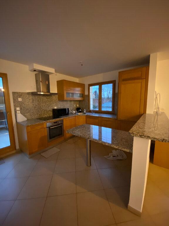 Appartement à louer 3 76.41m2 à Mitry-Mory vignette-1