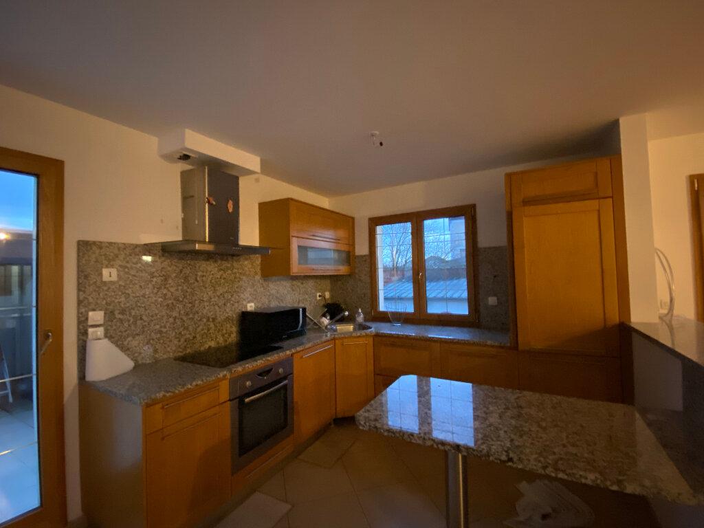 Appartement à louer 3 76.41m2 à Mitry-Mory vignette-2