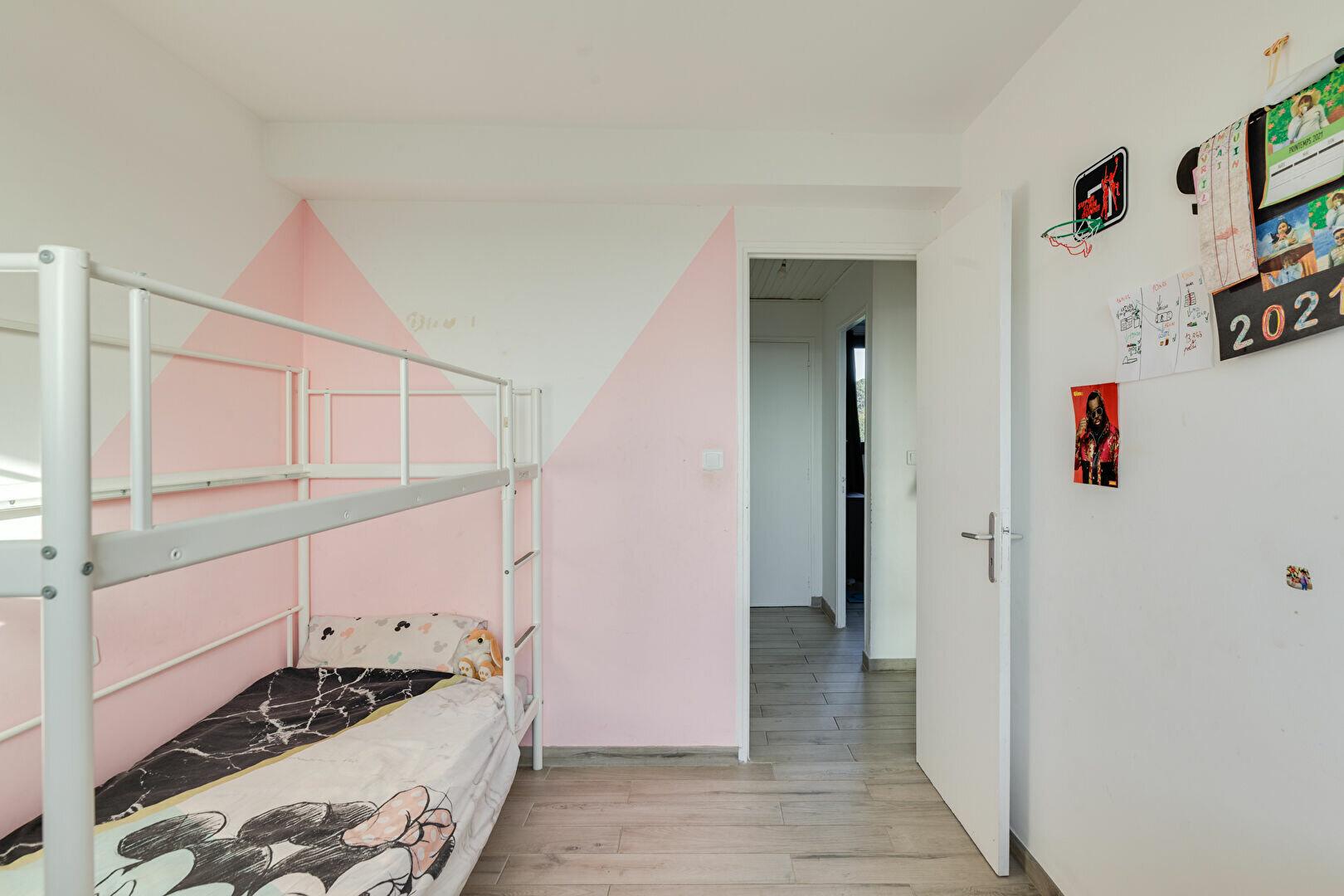 Appartement à louer 3 55m2 à Marseille 13 vignette-9