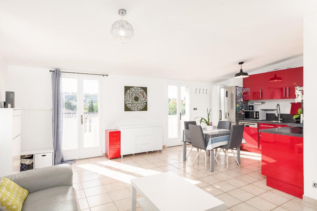 Appartement à vendre 3 63m2 à Marseille 13 vignette-2