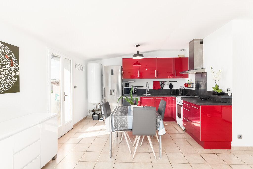 Appartement à vendre 3 63m2 à Marseille 13 vignette-3