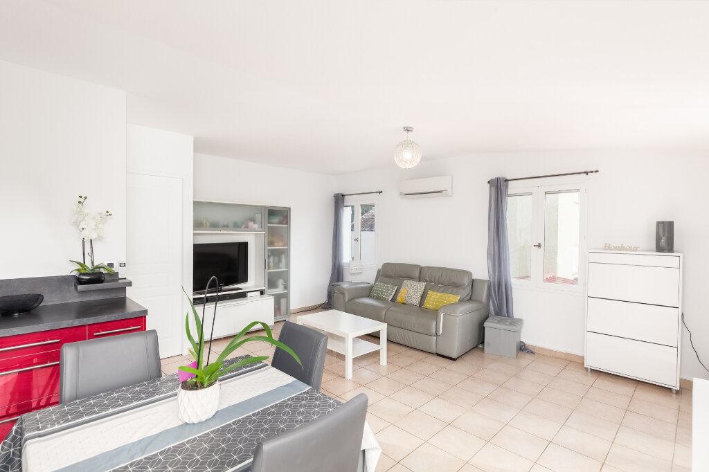 Appartement à vendre 3 63m2 à Marseille 13 vignette-4