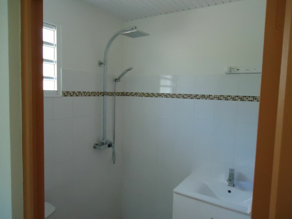 Appartement à louer 3 89m2 à Rivière-Salée vignette-5
