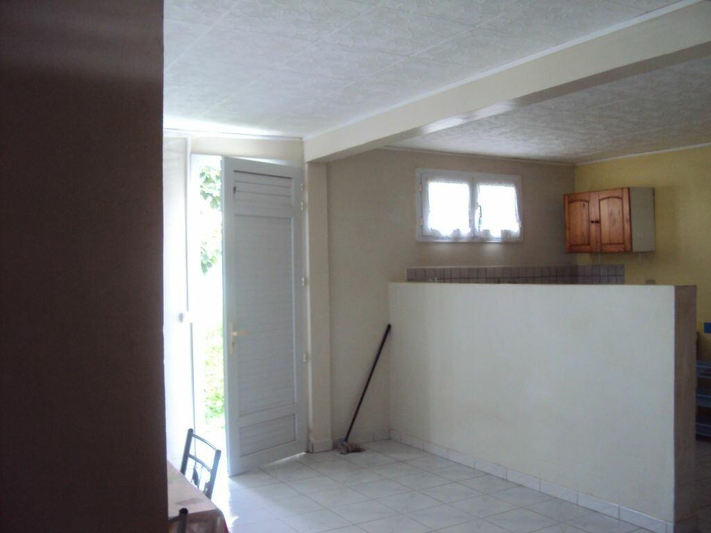Appartement à louer 2 40.71m2 à Le Lamentin vignette-1