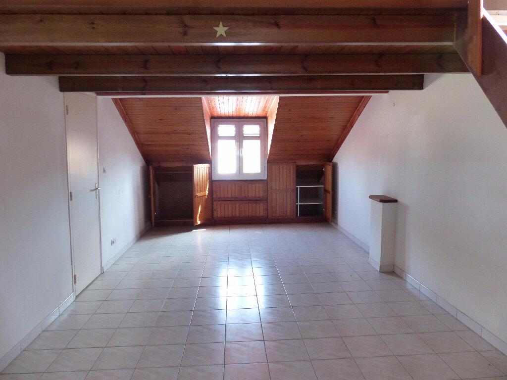 Appartement à louer 1 42m2 à Rivière-Salée vignette-2