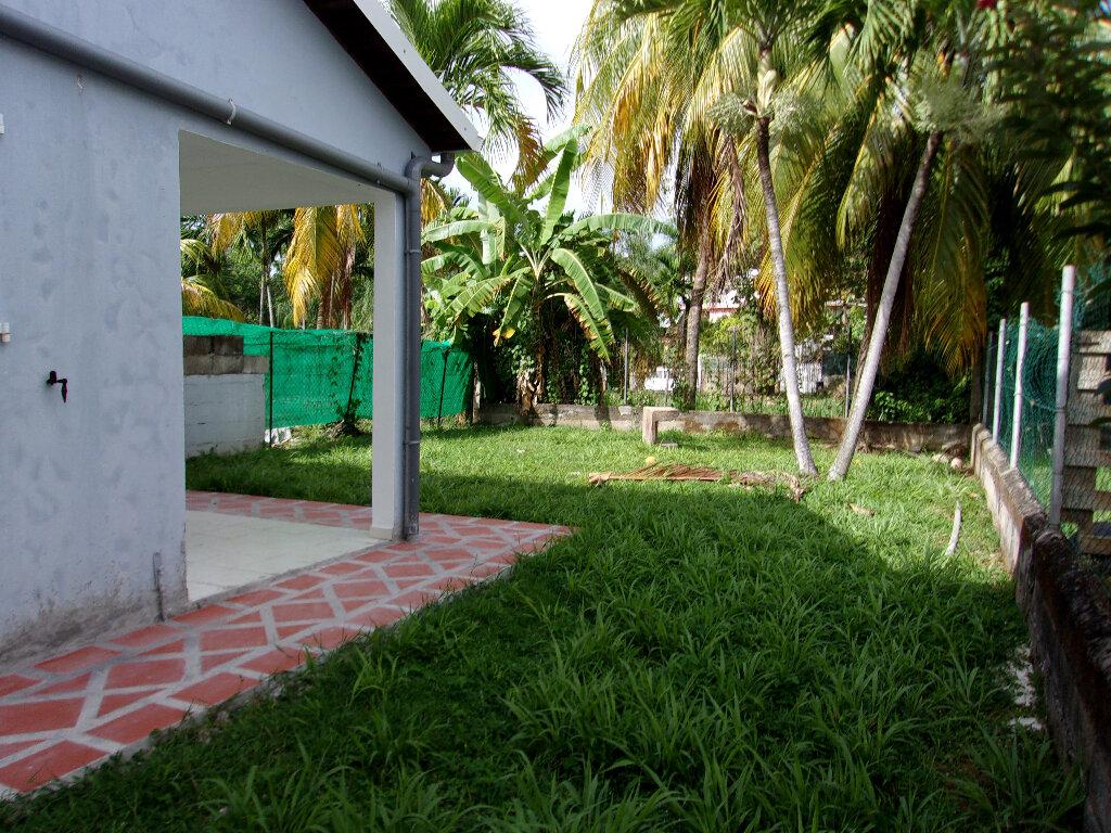 Maison à louer 3 65m2 à La Trinité vignette-6