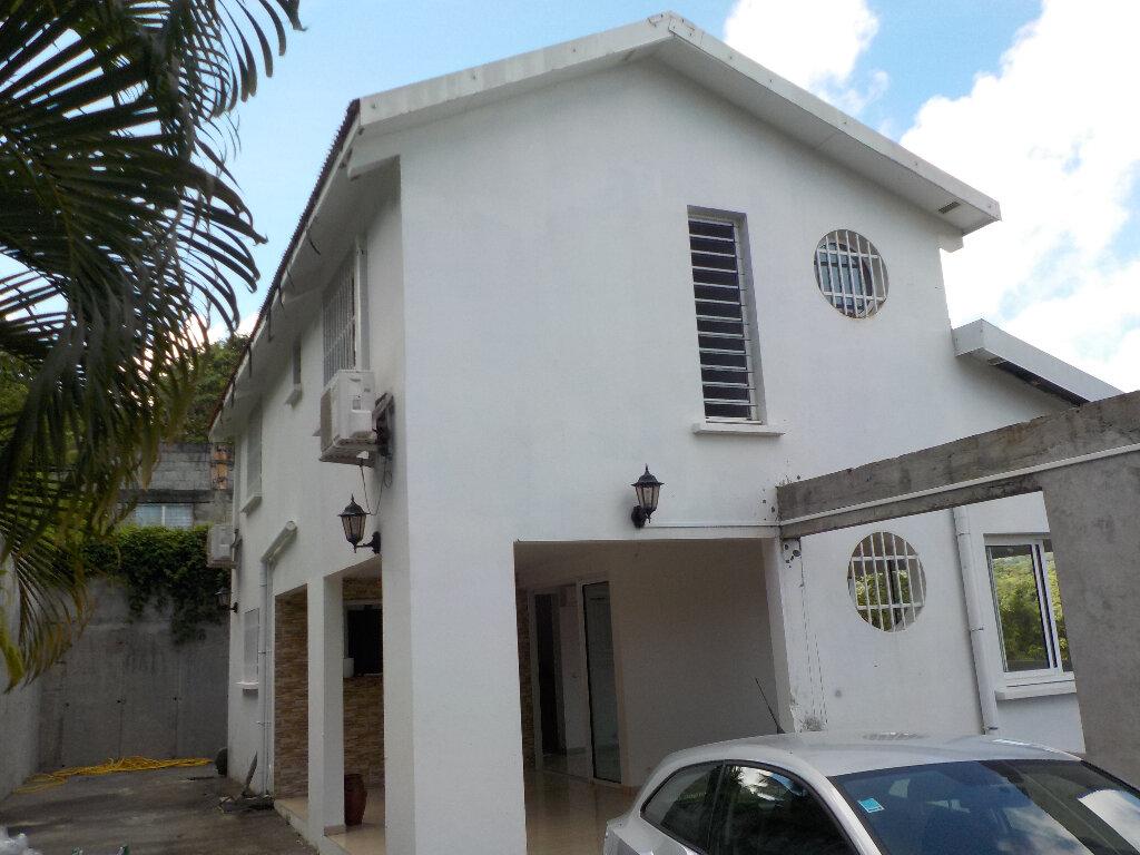 Maison à louer 5 133m2 à Rivière-Salée vignette-1