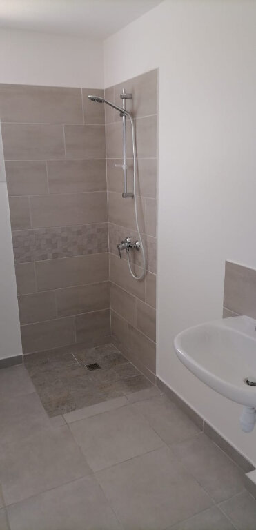 Appartement à louer 2 48.08m2 à Fort-de-France vignette-1
