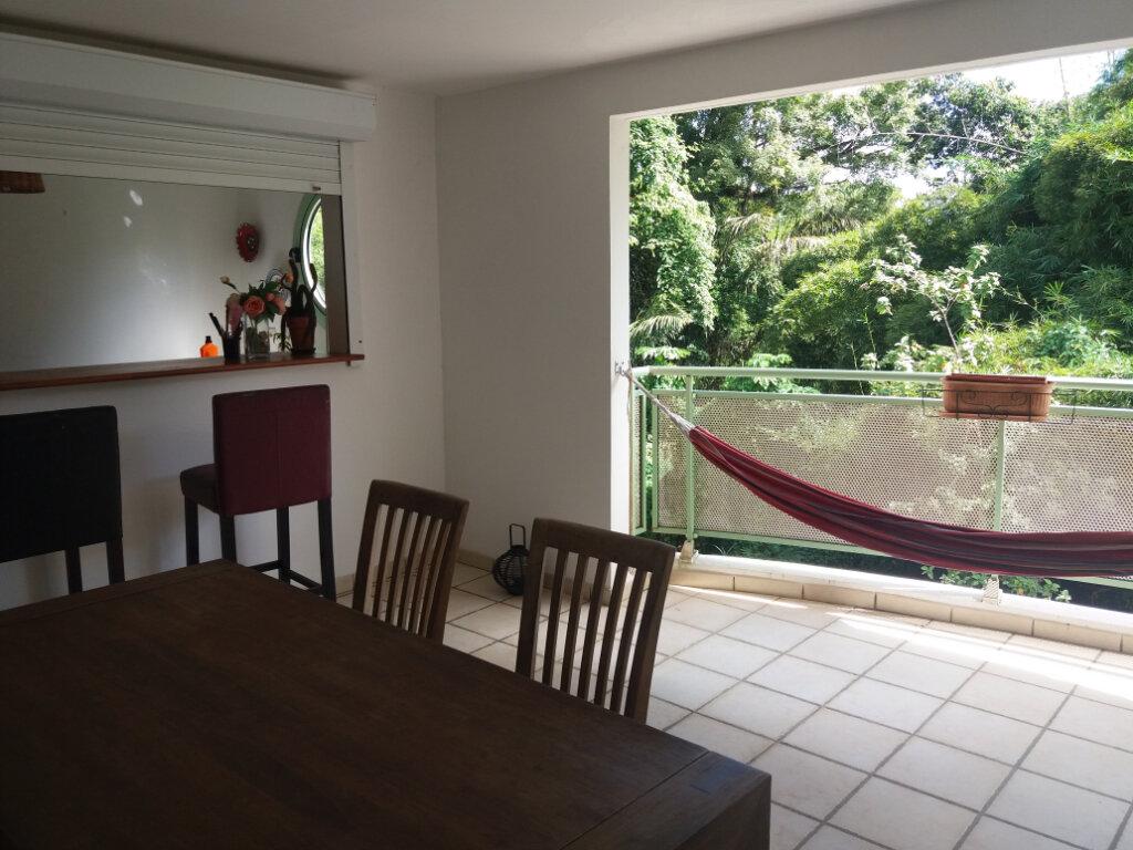 Appartement à vendre 3 89.5m2 à Fort-de-France vignette-1