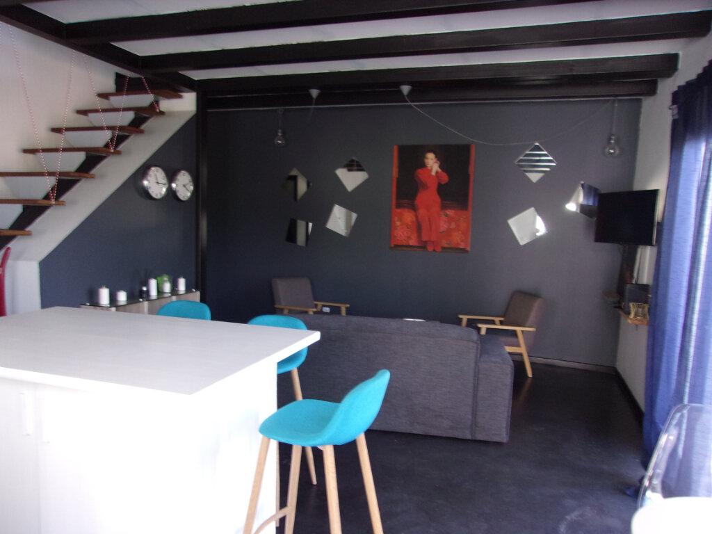 Maison à louer 3 72m2 à Fort-de-France vignette-1