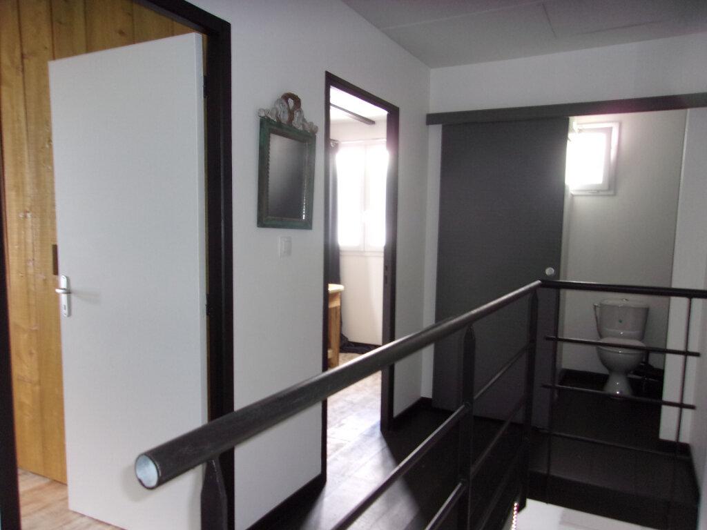 Maison à louer 3 72m2 à Fort-de-France vignette-2