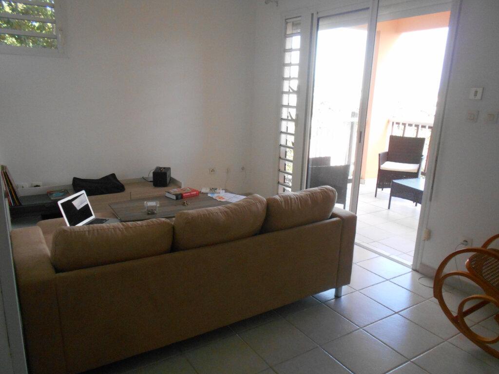 Appartement à louer 2 34m2 à Fort-de-France vignette-8