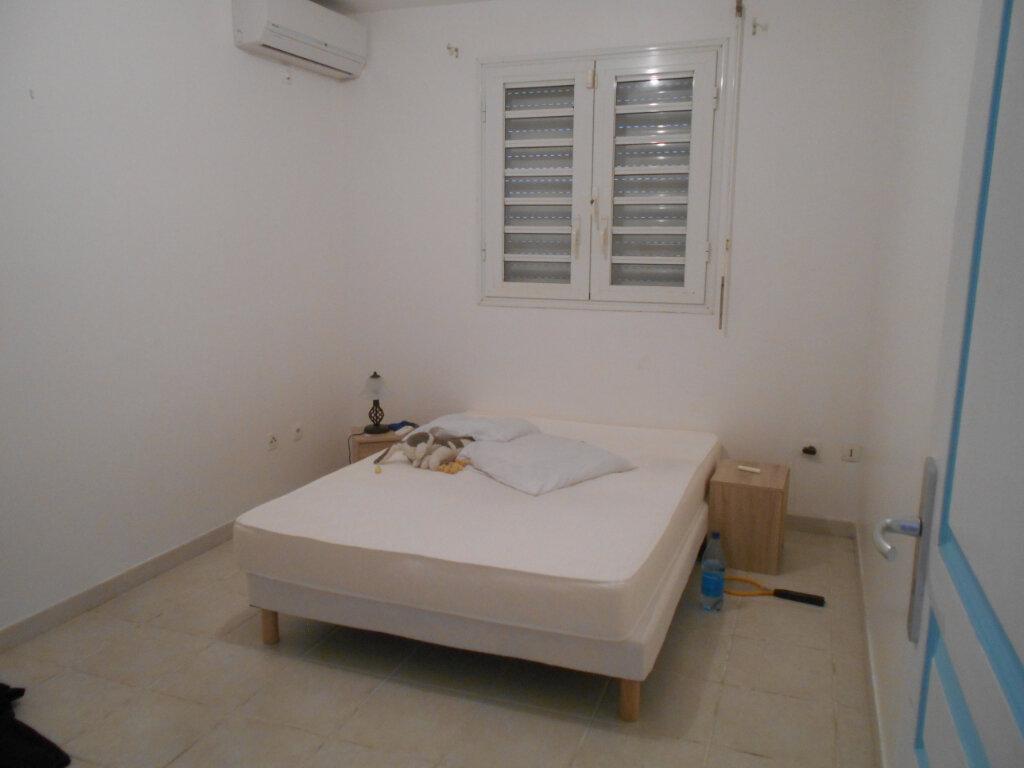 Appartement à louer 2 34m2 à Fort-de-France vignette-12