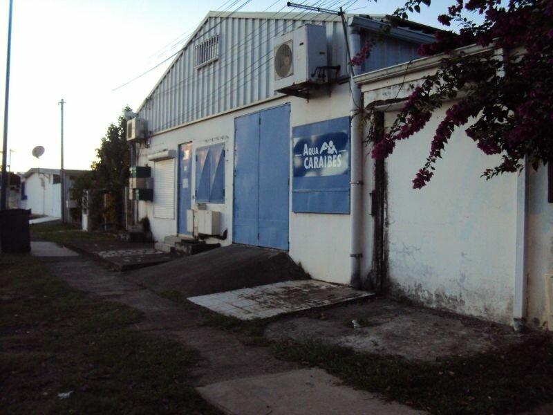 Stationnement à louer 0 0m2 à Fort-de-France vignette-1