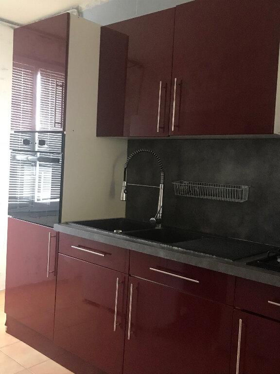 Appartement à vendre 4 82m2 à Le Pontet vignette-2
