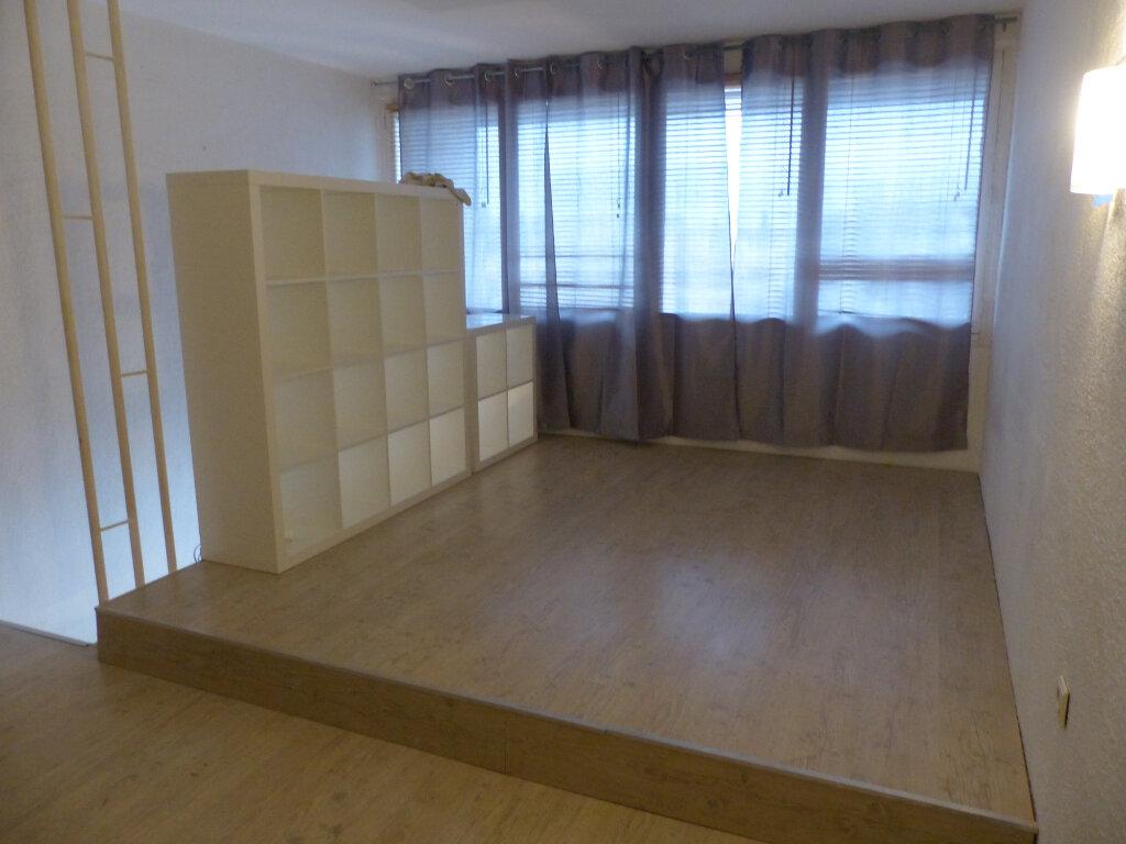 Appartement à vendre 2 44m2 à Avignon vignette-1