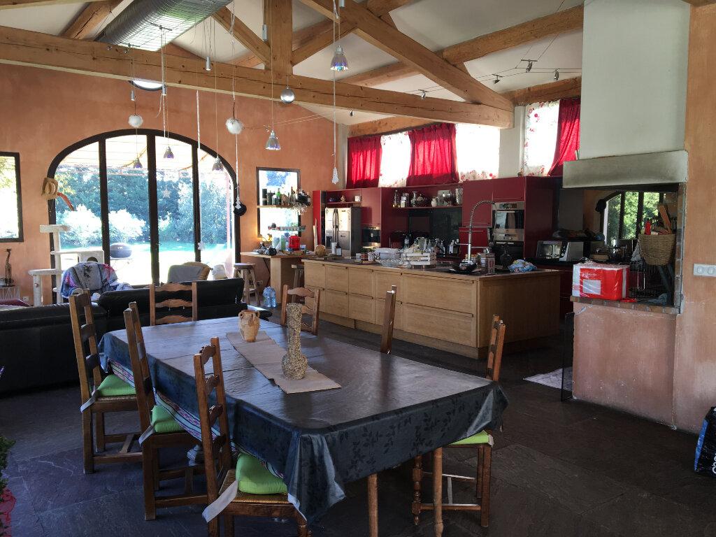 Maison à vendre 6 200m2 à Châteaurenard vignette-5