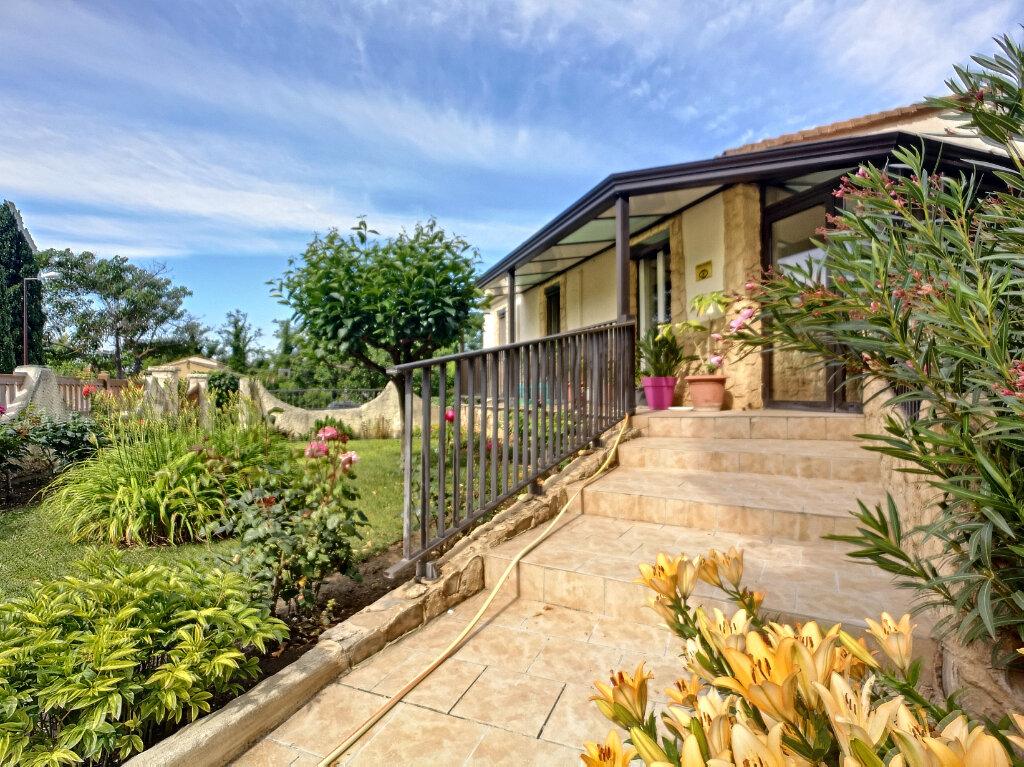 Maison à vendre 5 77m2 à Montfavet - Avignon vignette-1