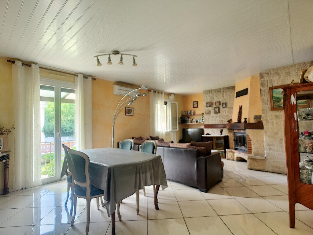 Maison à vendre 5 77m2 à Montfavet - Avignon vignette-3