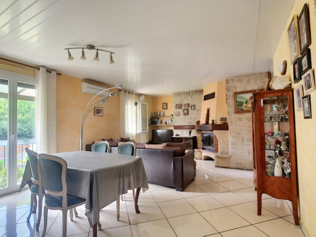 Maison à vendre 5 77m2 à Montfavet - Avignon vignette-4