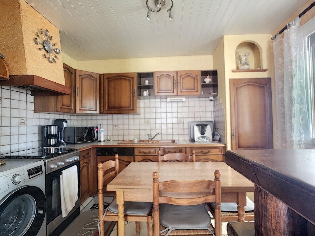 Maison à vendre 5 77m2 à Montfavet - Avignon vignette-5