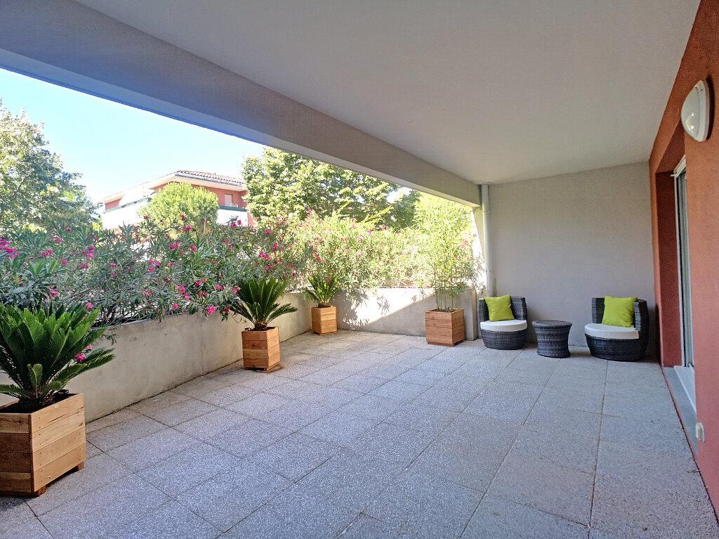 Appartement à vendre 4 101.38m2 à Le Pontet vignette-1