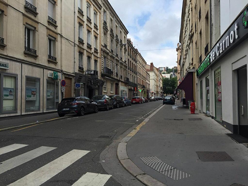Appartement à louer 1 26m2 à Saint-Étienne vignette-7