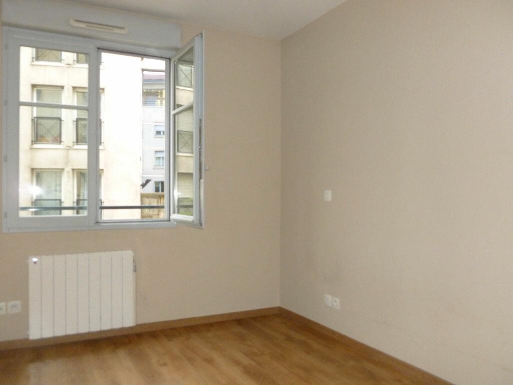 Appartement à louer 3 65m2 à Saint-Étienne vignette-4
