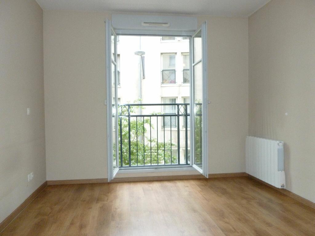 Appartement à louer 3 65m2 à Saint-Étienne vignette-5