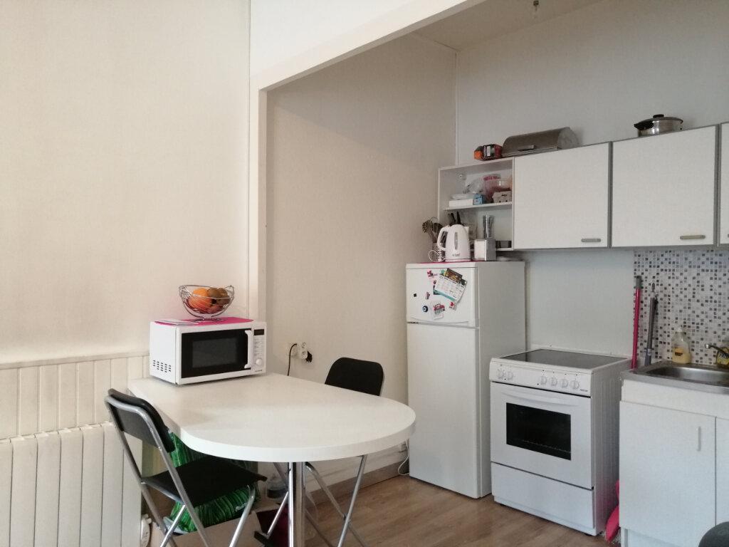 Appartement à louer 2 44.79m2 à Saint-Étienne vignette-2