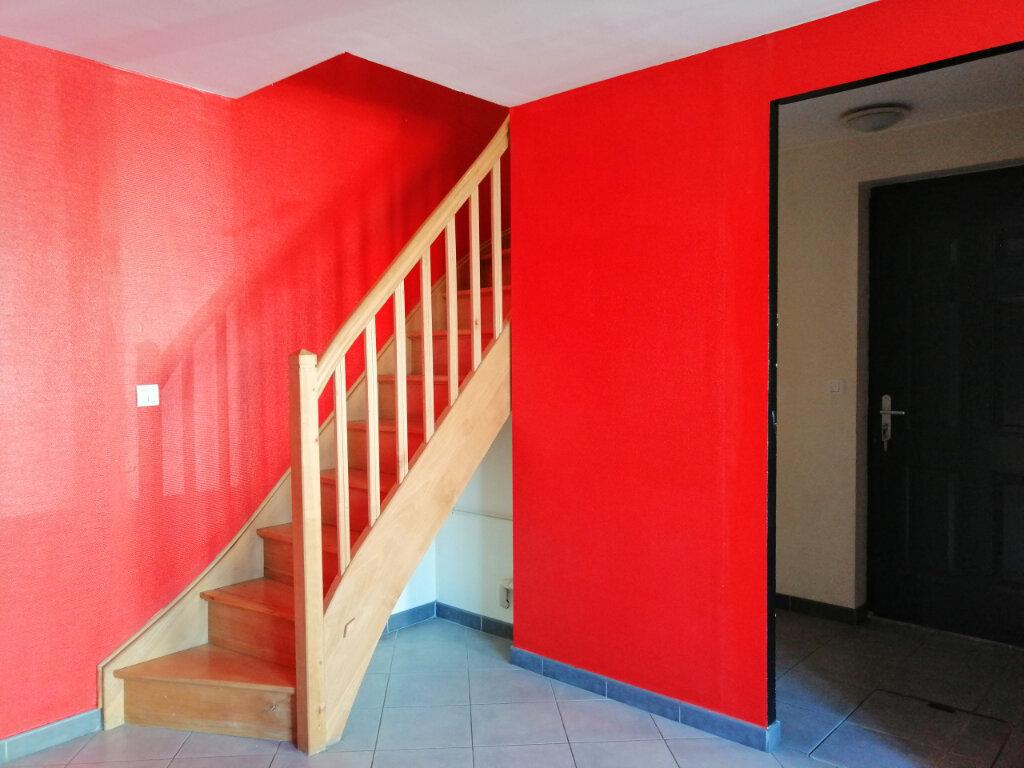 Appartement à louer 3 57m2 à Saint-Étienne vignette-2