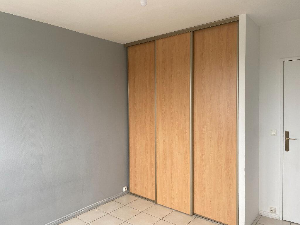 Appartement à louer 4 79m2 à Saint-Étienne vignette-6
