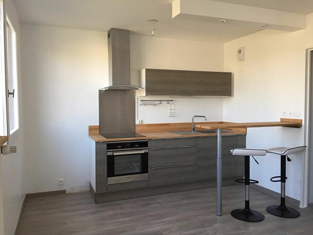 Appartement à louer 2 38m2 à Saint-Étienne vignette-7