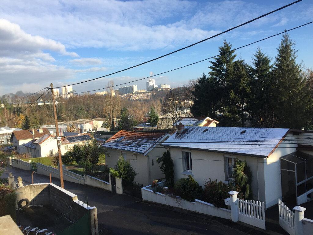 Appartement à louer 2 47m2 à Saint-Étienne vignette-4