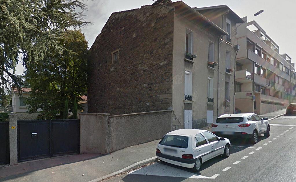 Appartement à louer 1 24.76m2 à Saint-Étienne vignette-1