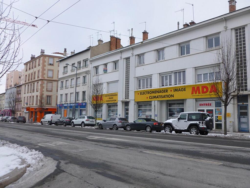 Appartement à louer 2 58.64m2 à Saint-Étienne vignette-3