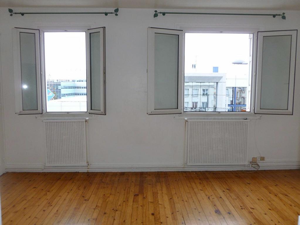 Appartement à louer 2 58.64m2 à Saint-Étienne vignette-4